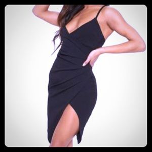 Pretty Little Thing Lauriell Black Wrap Midi Dress